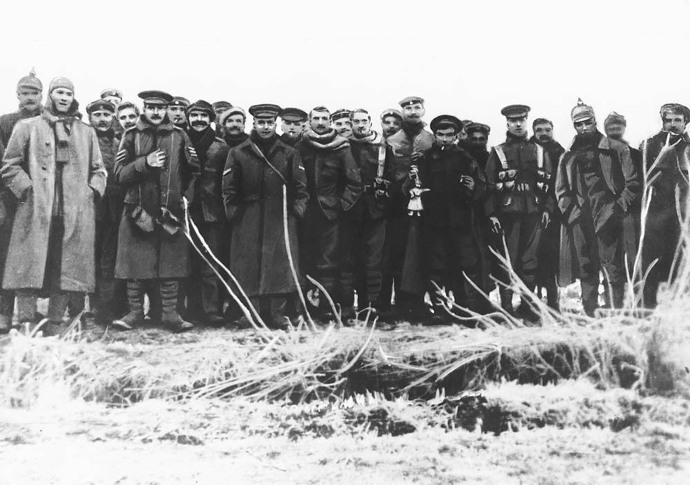 JULEVÅPENHVILEN I 1914