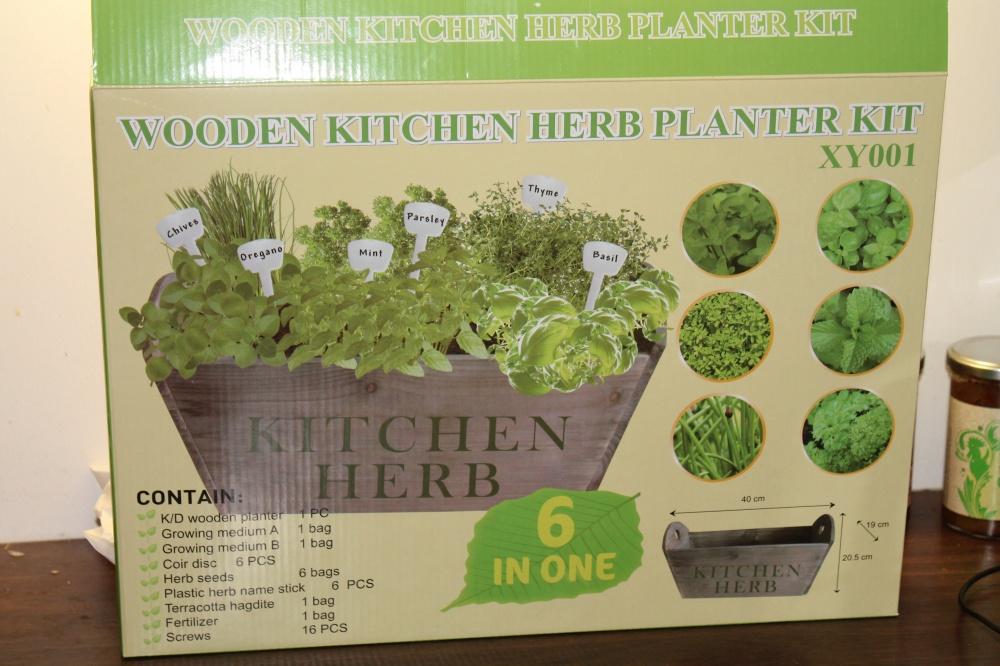 Wooden Kitchen Herb Planter Kit