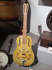 Eldre type resonator gitar