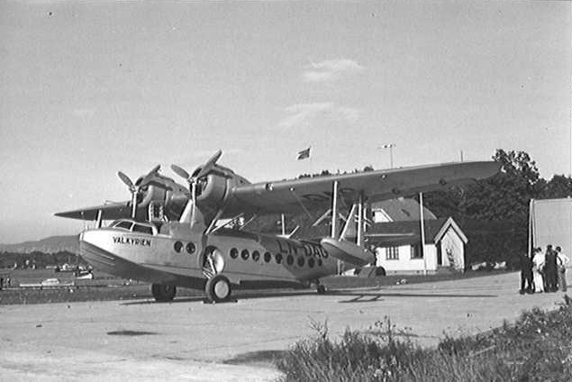 Sikorsky S-43